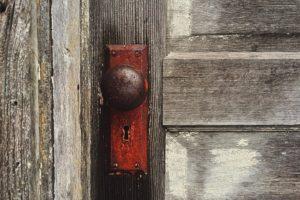 बंद खोली – एक अविस्मरणीय अनुभव